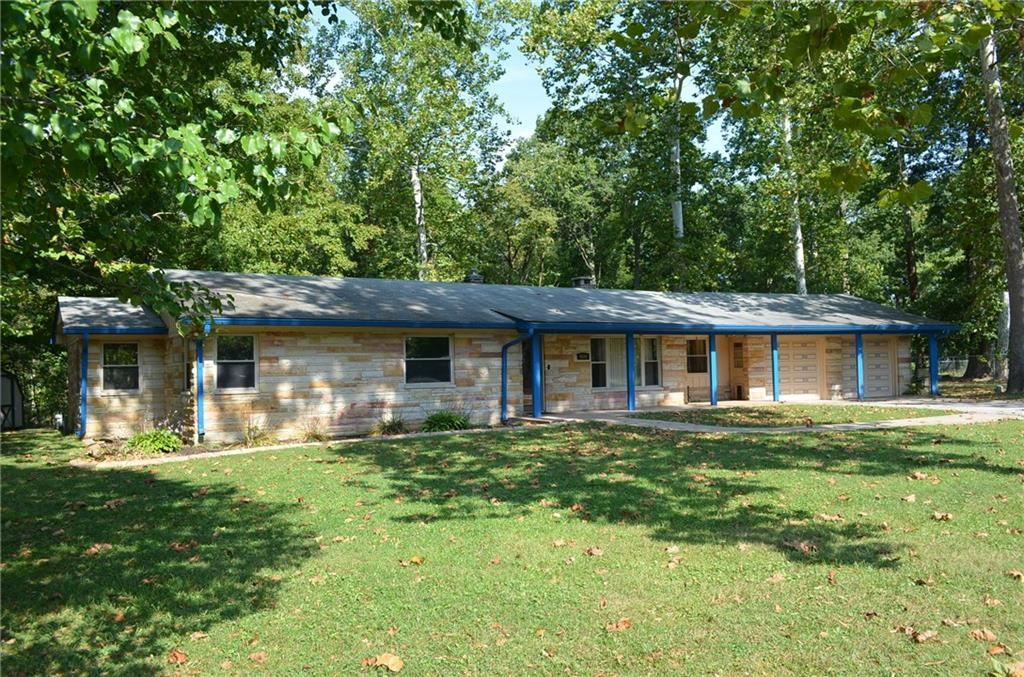Photo for 6840 Sunrise Drive, Plainfield, IN 46168 (MLS # 21672213)