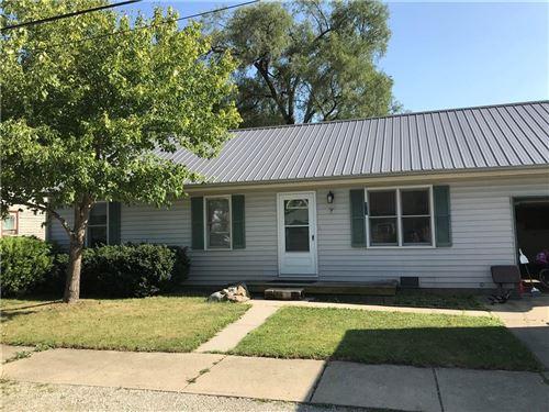 Photo of 321 W Pierson Street, Greenfield, IN 46140 (MLS # 21809217)