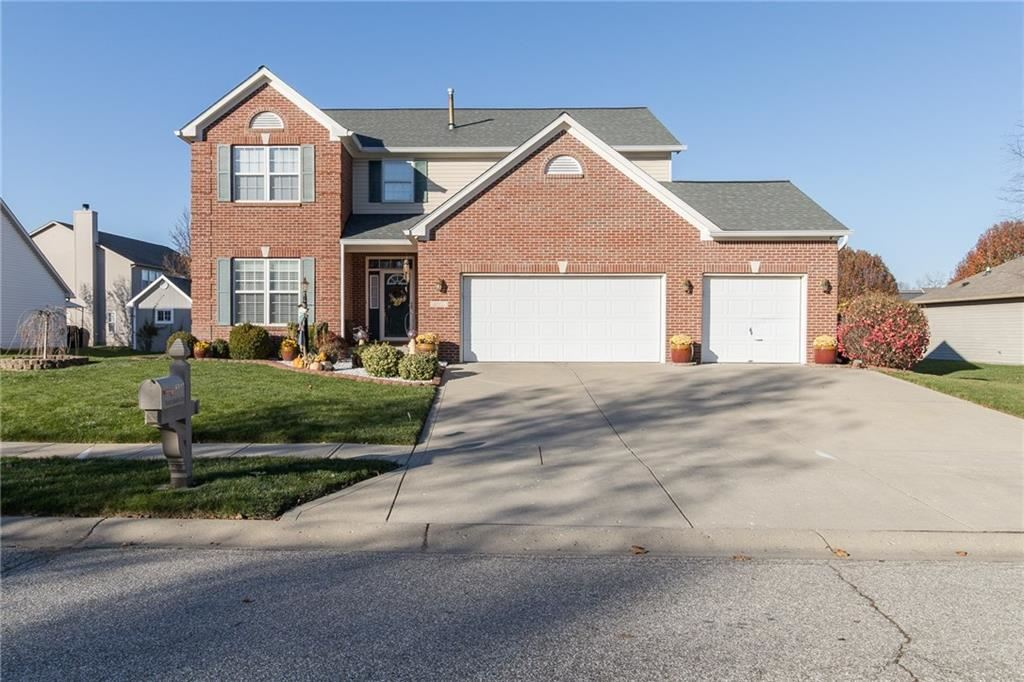 8312 Hunters Meadow Court, Indianapolis, IN 46259 - #: 21752219