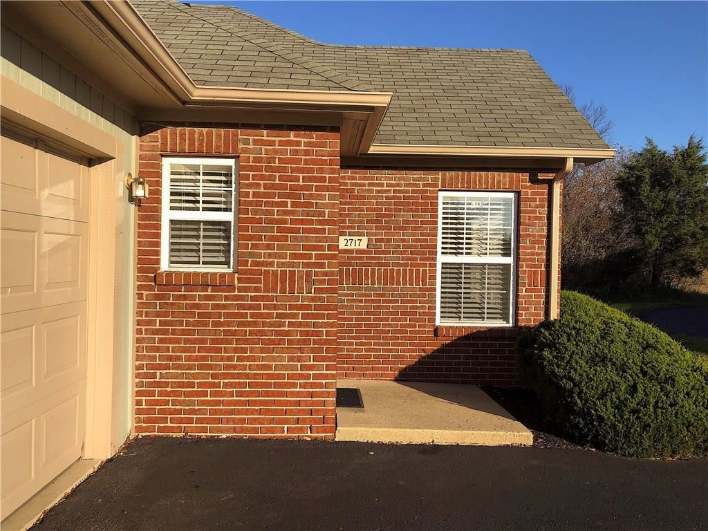 Photo of 2717 Reflection Way, Greenwood, IN 46143 (MLS # 21751220)