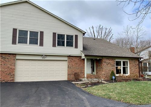 Photo of 2472 North Willow Way, Indianapolis, IN 46268 (MLS # 21690221)