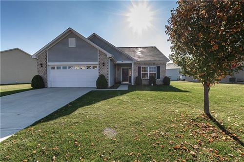 Photo of 8289 Templederry Drive, Brownsburg, IN 46112 (MLS # 21755222)