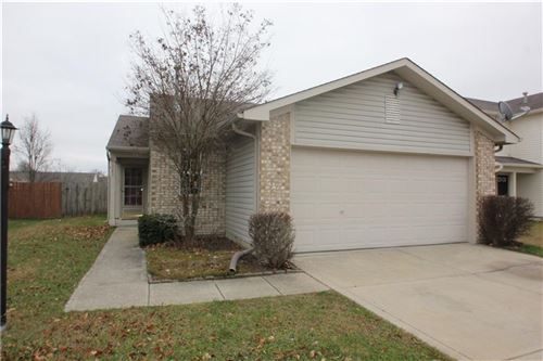Photo of 189 Harts Ford Way, Brownsburg, IN 46112 (MLS # 21756224)