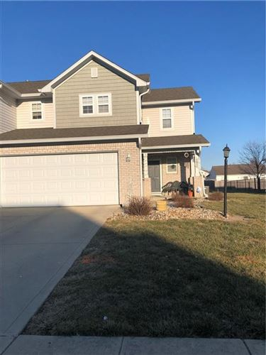 Photo of 215 CLEAR BRANCH Drive, Brownsburg, IN 46112 (MLS # 21770227)