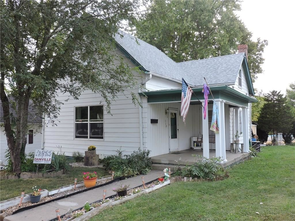Photo of 348 South Washington Street, Danville, IN 46122 (MLS # 21740227)