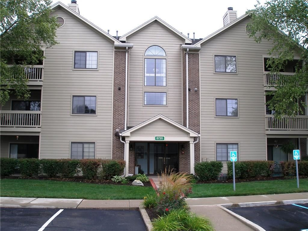8720 YARDLEY #207 Court, Indianapolis, IN 46268 - #: 21664233