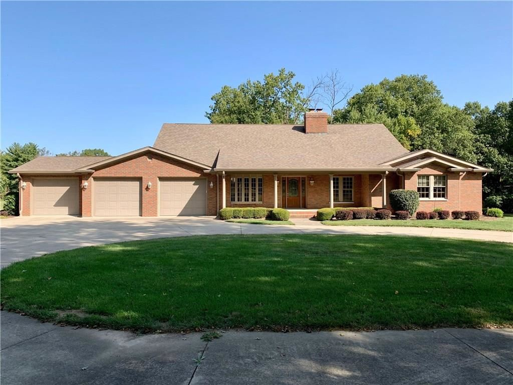 3340 West Carr Hill Road, Columbus, IN 47201 - #: 21748235