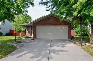 Photo of 182 Bent Stream, Brownsburg, IN 46112 (MLS # 21668238)