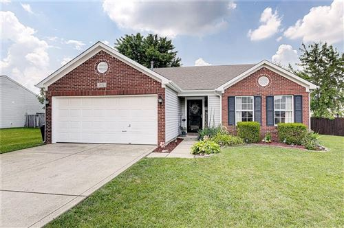 Photo of 2052 Fullwood Drive, Brownsburg, IN 46112 (MLS # 21723238)