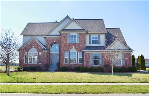 Photo of 4704 Pebblepointe Pass, Zionsville, IN 46077 (MLS # 21702240)