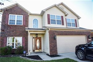 Photo of 216 Heartwood Hill, Greenfield, IN 46140 (MLS # 21656241)