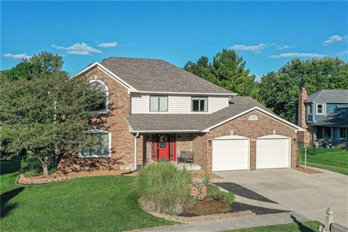 Photo of 49 Monticello Drive, Greenwood, IN 46142 (MLS # 21813242)