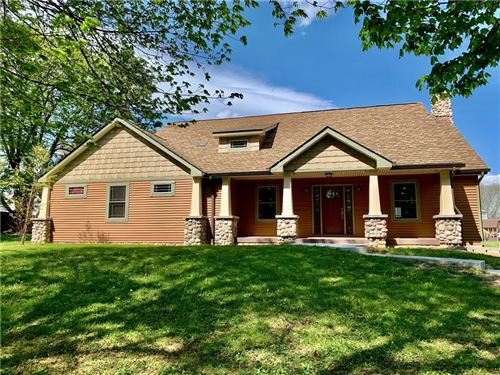 Photo of 2332 State Road 236, Danville, IN 46122 (MLS # 21700246)