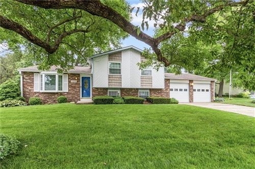 Photo of 1312 Brownswood Drive, Brownsburg, IN 46112 (MLS # 21795250)