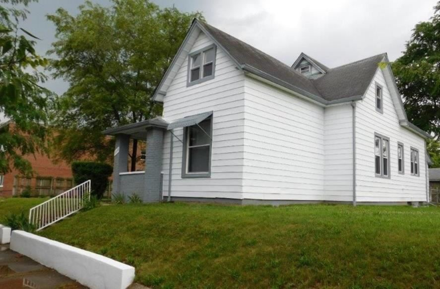 Photo of 2838 North KENWOOD Avenue, Indianapolis, IN 46208 (MLS # 21723256)
