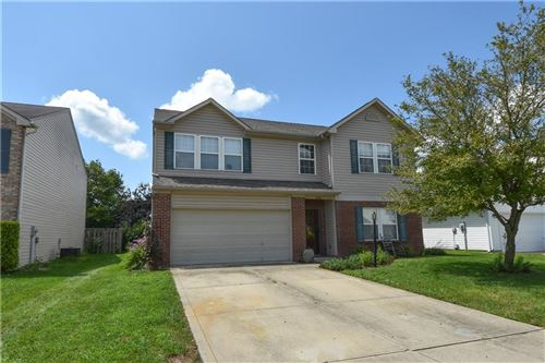 Photo of 3224 Rolling Hill Dr, Columbus, IN 47201 (MLS # 21803257)