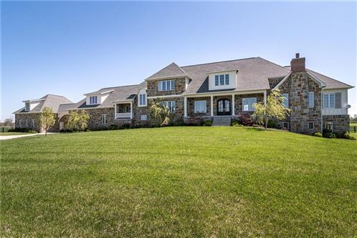 Photo of 1581 South 825 E, Zionsville, IN 46077 (MLS # 21783259)