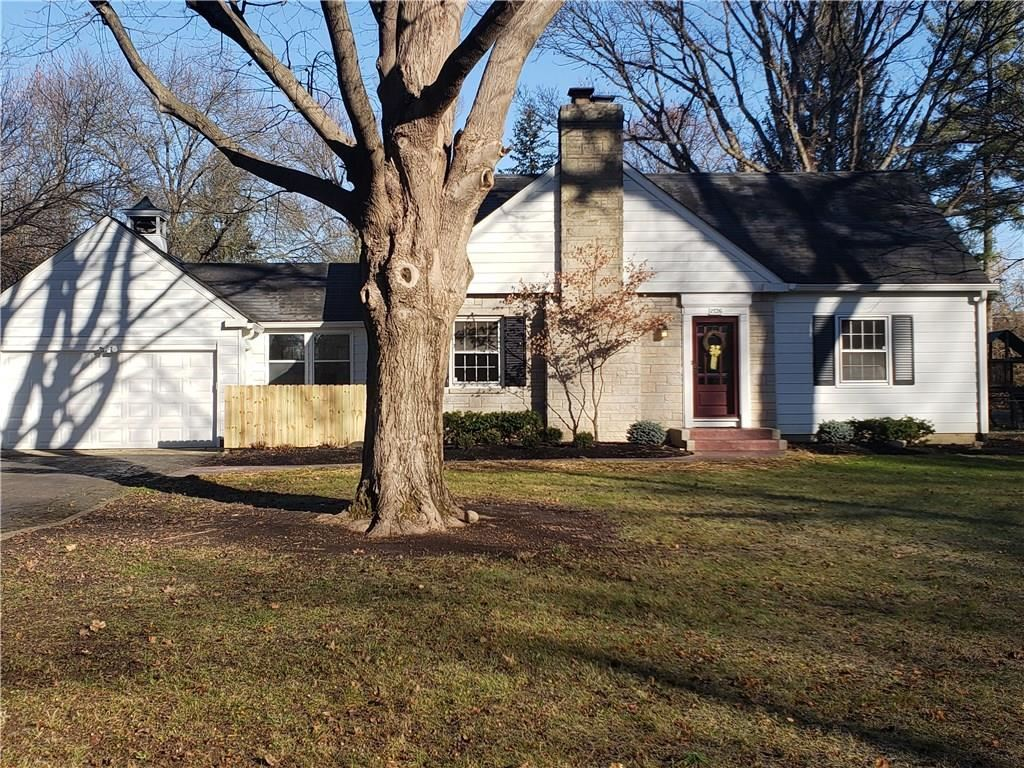 1526 East 80th Street, Indianapolis, IN 46240 - #: 21673270