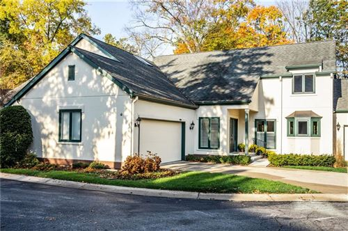 Photo of 1744 Glencary Crest, Indianapolis, IN 46228 (MLS # 21748271)