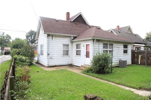 Photo of 2820 W Saint Clair Street, Indianapolis, IN 46222 (MLS # 21819279)