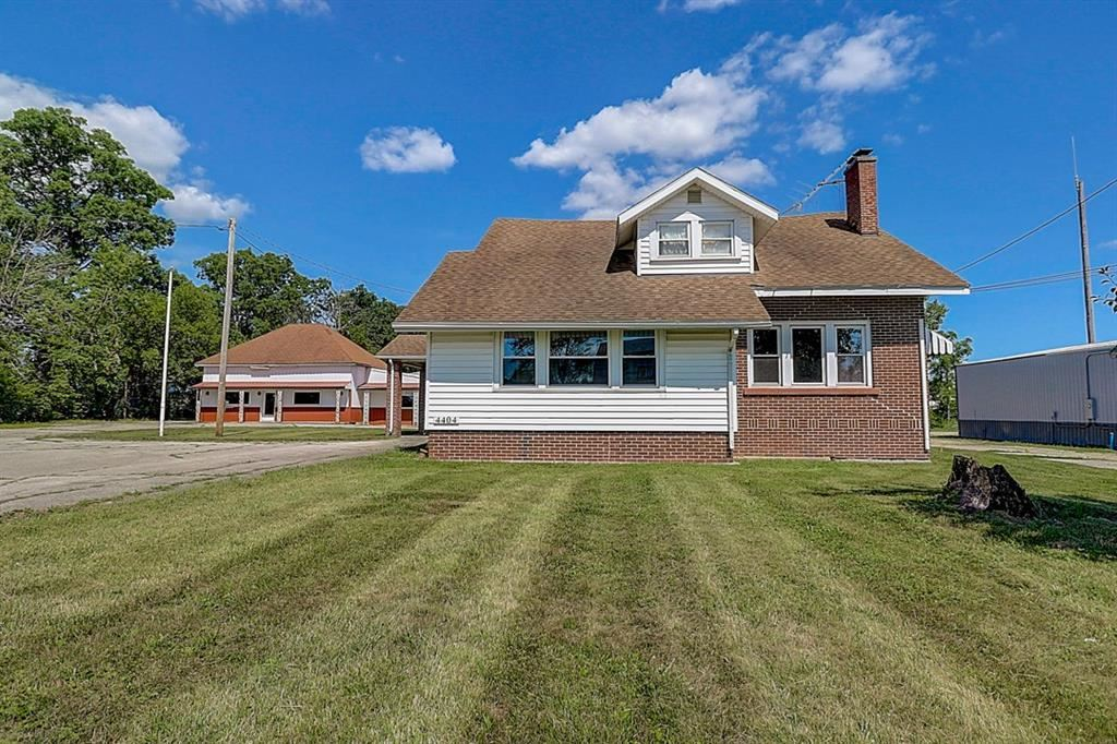 Photo of 4404 & 4410 North Old State Rd 3, Muncie, IN 47303 (MLS # 21726281)