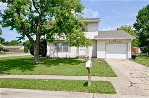 Photo of 9628 MEADOWLARK, Indianapolis, IN 46235 (MLS # 21655283)