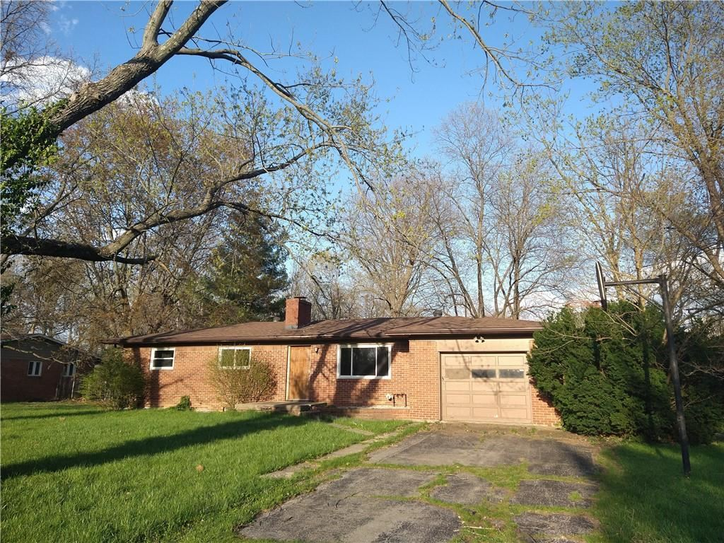 Photo of 1315 Schleicher Avenue, Indianapolis, IN 46229 (MLS # 21777284)