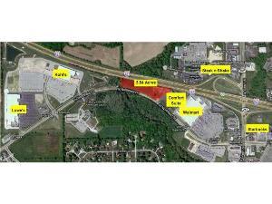 Photo of 520 West Northfield Drive, Brownsburg, IN 46112 (MLS # 21104290)