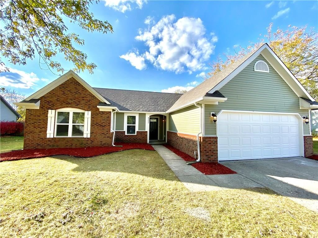 9352 Hadway Drive, Indianapolis, IN 46256 - #: 21678290