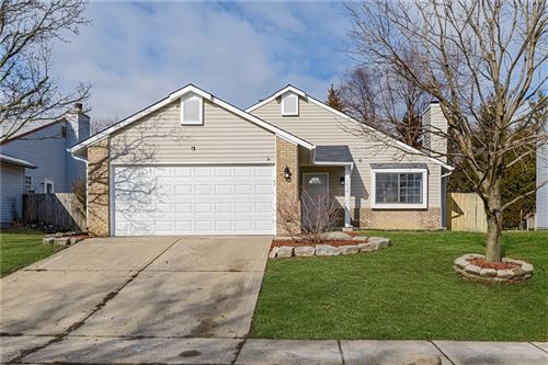 Photo of 5820 BUCK RILL Drive, Indianapolis, IN 46237 (MLS # 21690294)