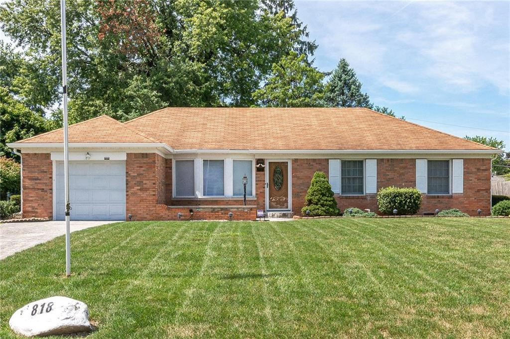 818 Chapel Hill East Drive, Indianapolis, IN 46214 - #: 21729295