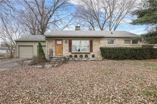 Photo of 2306 West County Line Rd, Indianapolis, IN 46217 (MLS # 21754298)