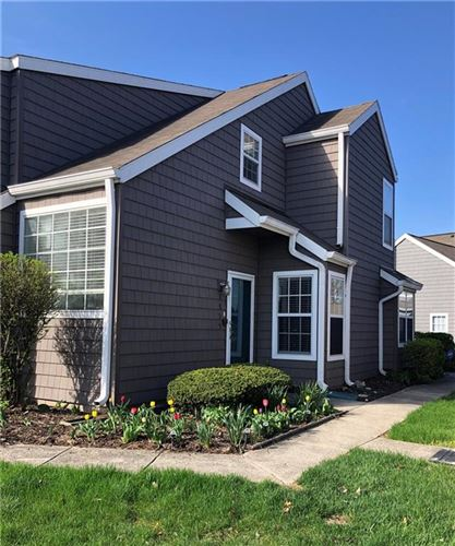 Photo of 2839 Somerset Bay, Indianapolis, IN 46240 (MLS # 21777299)