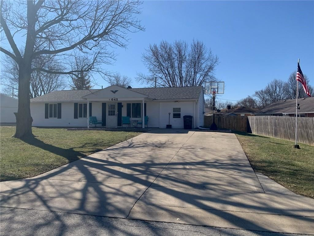 642 Lawndale Drive, Greenwood, IN 46142 - #: 21769300