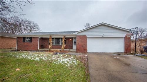 Photo of 411 Country Club Lane, Anderson, IN 46011 (MLS # 21763304)