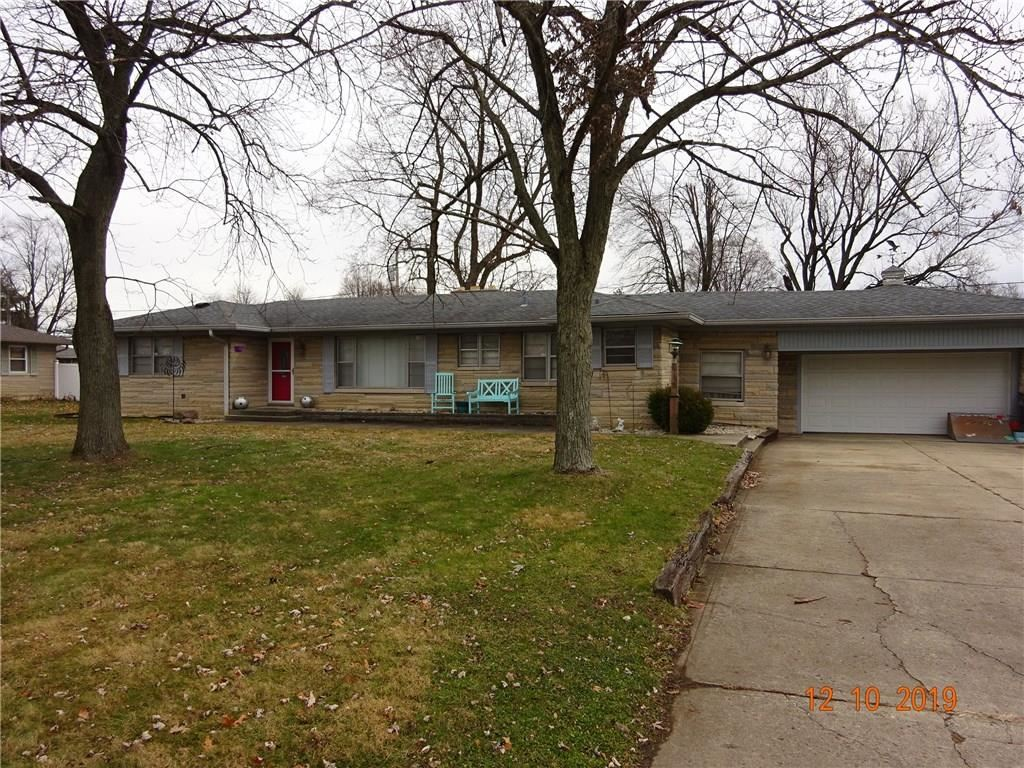 2715 South Kenmore Road, Indianapolis, IN 46203 - #: 21681305