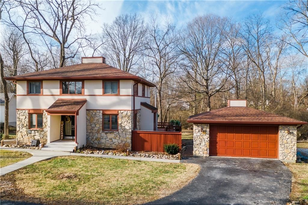 Photo of 6610 Derbyshire Road, Indianapolis, IN 46227 (MLS # 21761305)