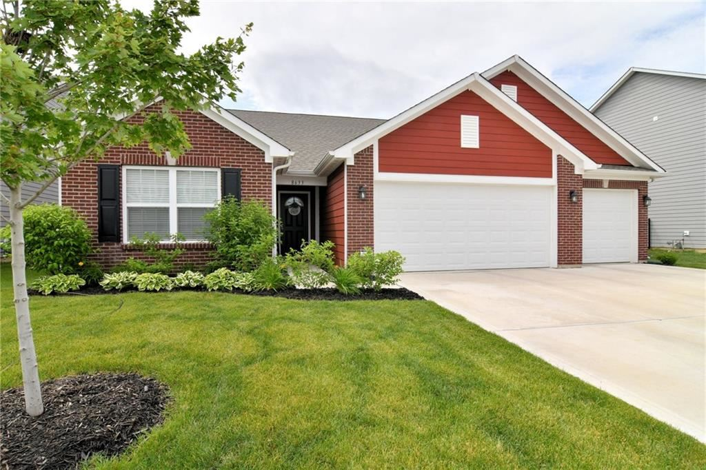 8633 Hemingway Drive, Indianapolis, IN 46239 - #: 21743308