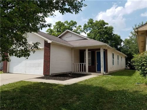 Photo of 11320 Narrowleaf Drive, Indianapolis, IN 46235 (MLS # 21724311)