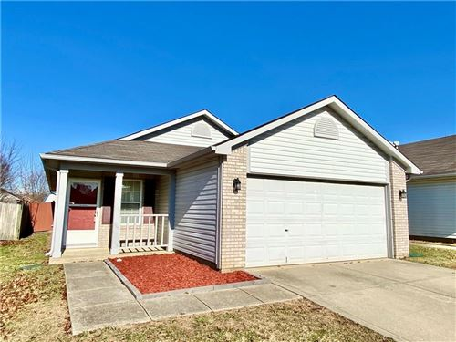 Photo of 5130 SANDY FORGE Drive, Indianapolis, IN 46221 (MLS # 21685312)
