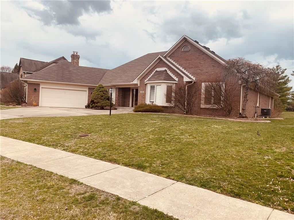 Photo of 7668 BALLINSHIRE   N Drive, Indianapolis, IN 46254 (MLS # 21774315)
