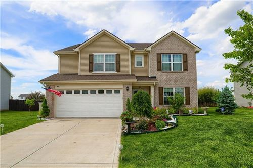 Photo of 2718 Armaugh Drive, Brownsburg, IN 46112 (MLS # 21787316)