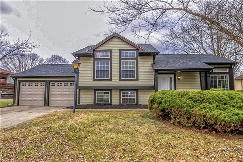 Photo of 5622 Liberty Creek E Drive, Indianapolis, IN 46254 (MLS # 21685325)