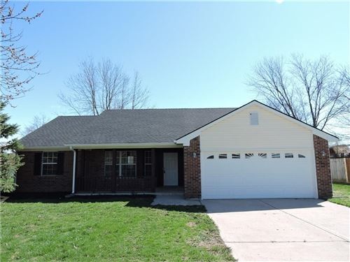 Photo of 2425 South Brandywine Court, Greenfield, IN 46140 (MLS # 21700326)
