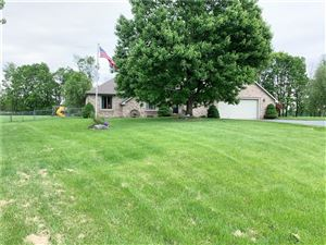 Photo of 2393 North Hickory, Greenfield, IN 46140 (MLS # 21642329)