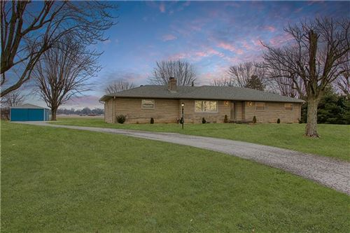 Photo of 3845 Five Points Road, Indianapolis, IN 46239 (MLS # 21690331)
