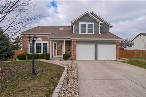 Photo of 8872 Falkirk Court, Indianapolis, IN 46256 (MLS # 21685336)