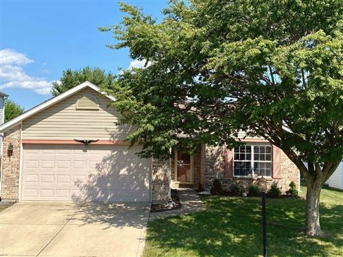 Photo of 12201 DRIFTSTONE Drive, Fishers, IN 46037 (MLS # 21813336)