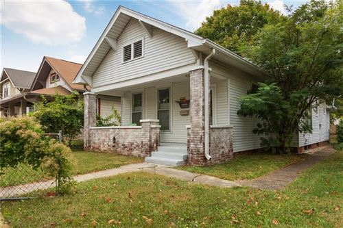 Photo of 319 North BOSART Avenue, Indianapolis, IN 46201 (MLS # 21748341)