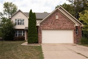 Photo of 4744 Oakleigh, Greenwood, IN 46143 (MLS # 21662343)